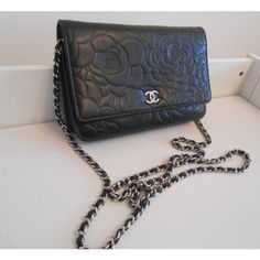 Tip: Chanel Shoulder Bag (Black)