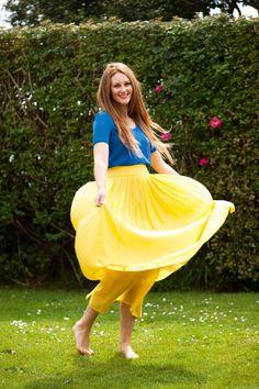 New Zealand Woman's Weekly Womans Weekly, Amelia, Tv Shows, Actors, Street, Kiwi, Celebrities, Star, Celebs