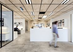 Gallery of Blackwood Street Bunker / Clare Cousins Architects – 15 – Modern Corporate Office Design Corporate Office Design, Open Office Design, Corporate Interiors, Office Interiors, Office Ceiling Design, Corporate Offices, Office Designs, Australian Interior Design, Interior Design Awards