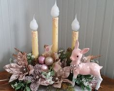 restyled / upcycled vintage electric Christmas candle / candelier / chandelier holiday decor vignette love home decore and to decorate. Christmas Crafts To Sell Bazaars, Christmas Crafts To Sell Handmade Gifts, Vintage Christmas Crafts, Retro Christmas Decorations, Christmas Table Centerpieces, Christmas Arrangements, Primitive Christmas, Christmas Projects, Holiday Crafts