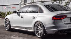 Audi A4 on Vossen VFS-1