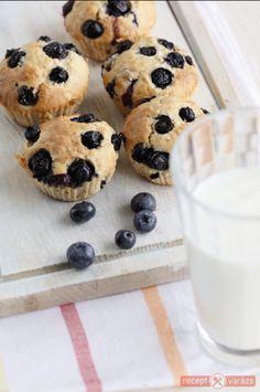 Zabpelyhes-áfonyás muffin