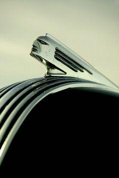 Pontiac emblem #hoodornament