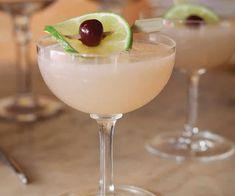 Hemingway Daiquiri - 2 oz Light rum oz Fresh lime juice oz Fresh grapefruit juice 1 tsp Sugar 1 tsp Maraschino liqueur Add all ingredients to a cocktail shaker and fill with ice. Shake, and strain into a chilled cocktail glass. Craft Cocktails, Cocktail Drinks, Cocktail Recipes, Cocktail Garnish, Cocktail Ideas, Summer Drinks, Fun Drinks, Liquor Drinks, Bourbon Drinks