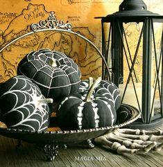 Halloween Painted Pumpkins: Black and White