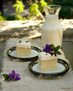 Tres Leches cake Tres Leches Cake, Moist Cakes, How Sweet Eats, Yummy Cakes, How To Make Cake, Panna Cotta, Coconut, Ethnic Recipes, Tarts