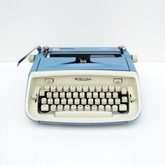 Mid- Century Modern Royal Safari Typewriter