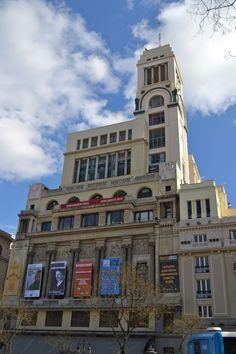 Madrid, edificio del circulo de Bellas Artes en la calle de alcala. Fantastico edificio.