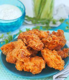 Hot wings. Pikantne skrzydełka a'la KFC | Smaczna Pyza Kfc, Honey Lime Chicken, Polish Recipes, Wing Recipes, Buffalo Chicken, Chicken Wings, Chicken Recipes, Good Food, Food And Drink