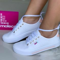 Dc Clothing, Adidas Sneakers, Shoes Sneakers, Beige Shoes, Fresh Shoes, Chunky Sneakers, Adidas Stan Smith, How To Tie Dye, Girls Shoes