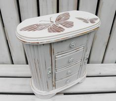 Large Vintage Jewellery Box Painted in Old White With Stencilled Copper Butterflies Painted Jewelry Boxes, Painted Boxes, Vintage Jewelry, Vintage Items, Storage Compartments, White Paints, Home Decor Items, Storage Spaces, Shabby Chic
