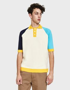 a848aa05e Polo shirt from Sunnei in Beige and Blue. Polo collar. Three-button front