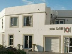 1000Dae - 1000dae is a large self-catering house situated in near the beach in Langebaan. The house offers two level booked individually or together to sleep a total of 16 people comfortably.  The rooms are all ... #weekendgetaways #langebaan #southafrica