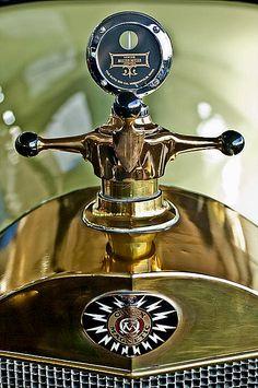 Vintage Hood Ornaments Photograph - 1917 Owen Magnetic Hood Ornament 2 by Jill Reger Car Badges, Car Logos, Logo Autos, Vintage Cars, Antique Cars, Car Bonnet, Car Hood Ornaments, Radiator Cap, Automobile