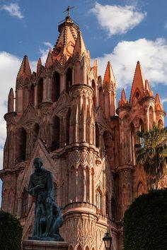 La Parroquia de San Miguel Arcangel - San Miguel de Allende, Guanajuato༻神*ŦƶȠ*神༺