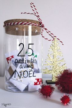 Here is a great idea for an Advent calendar to wait before Christmas: 25 family activities! Each day, we draw together a Christmas recipe, a super DIY, an idea for decorating a party, an outing or a game in family … Des i Simple Christmas, Christmas Time, Christmas Crafts, Christmas Ornaments, Holiday, Mery Crismas, Christmas Tree Wallpaper, Handmade Christmas Decorations, Xmas Decorations