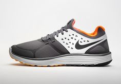 Nike Shield Running SHoe