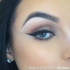 @makeupbyserenacleary BEAUTIFUL tutorial❤️ get the look #maccosmetics Cork and Swiss chocolate eyeshadows #narsissist Himalia eyeshadow #tomford Golden Mink palette (gold sparkly shade) #maccosmetics Blacktrack fluidline with a 210 brush #sigmabeauty Polished pencil #amazingshine 747-L lashes #maccosmetics Pro longwear concealer in NC30 with a beauty blender #stilacosmetics Lionfish smudge stick #vegas_nay