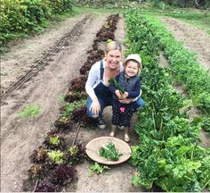 Happy times in the garden with my little helper Harper. It's incredible how much of a difference involving our kids in the gardening process makes to what they will eat. They love anything they have helped grow. This is the future of a healthy generation right here 🌱🍃
