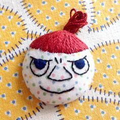 """""""Who's that girl?"""" ...mmh, something's not right. I have to get another second round... #craft #handmade #handicraft #embroidery #moomin #myy #littlemy #pikkumyy / No.006"""