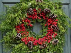 Christmas Wreath in Colonial Williamsburg, December 2004 Christmas Wreaths, Christmas Decorations, Holiday Decor, Colonial Williamsburg, Inspiration, Baltimore, Holidays, Decorating, Photos