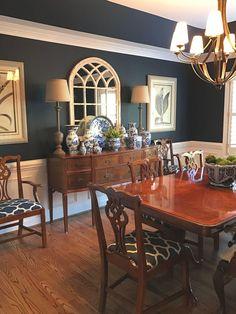 Dining Room Buffet, Dining Room Wall Decor, Dining Room Lighting, Dining Room Design, Dining Furniture, Kitchen Tables, Design Kitchen, Furniture Design, Room Decor