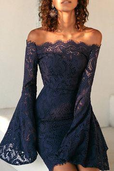cceb0f1e09 Compre Vestido De Renda Ombro A Ombro Manga Flare Azul Escuro