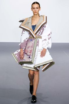 Viktor & Rolf Fall 2015 Couture Collection Photos - Vogue