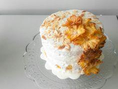 Pinapple almond white chocolate cake