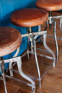 Yvonne found these kitchen island industrial bar stools at St. Philip's Cathedral Antiques Show. We love the contrast of the well-worn leather with the metallic legs. We'd love to hear what you think! And remember to refresh your page to get minute-by-minute updates. Photo: Joe Dodd.