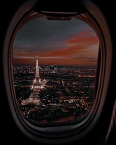 Elle Kennedy, Airplane View, Paris, Montmartre Paris, Paris France