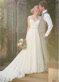 Fabulous Tulle Queen Anne Neckline A-line Wedding Dresses with Lace Appliques