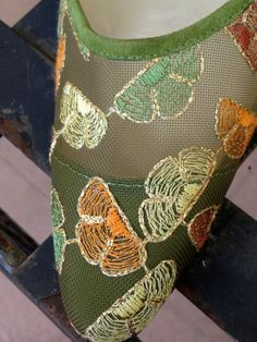 SALE Todd Oldman high heel in green and floral design of coral tones accented with gold metallic outline Pointed toe and green suede heel Made in Italy Size Condition - almost new Heel measures - Floral Pumps, Green Suede, Suede Heels, Wedding Bells, Floral Design, High Heels, Coral, How To Make, Gold