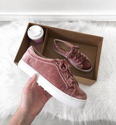 235bbd0122e pink velvet sneakers   tênis de veludo rosa.  anacaprioficial Streetwear  Fashion