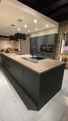 Home Design Living Room, Kitchen Room Design, Luxury Kitchen Design, Kitchen Cabinet Design, Interior Design Kitchen, Modern Kitchen Interiors, Modern Kitchen Cabinets, Kitchen Furniture, Modern Countertops