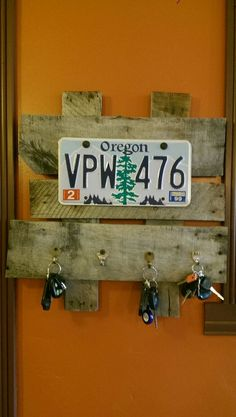 Easy Picture Frame From Pallet Wood | License plates, Woods and ...