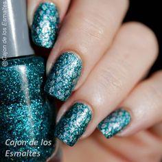 siren nail art