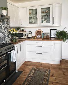 A Quick(ish) Kitchen Update — Melanie Jade Design Boho Kitchen, New Kitchen, Kitchen Decor, Kitchen Ideas, Kitchen Inspiration, Rustic Kitchen, Design Inspiration, Kitchen Worktop, Kitchen Units