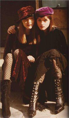 Devodotcom: nineties & nice Grunge Look, Neo Grunge, Estilo Grunge, Hipster Grunge, Grunge Style, 1990s Grunge, Soft Grunge, Indie Outfits, Punk Outfits