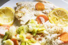 Cabillaud, petits légumes et sauce curry légère de Thibault Geoffray (healthy) (plats light) - RECETTE I-COOK'IN - Prêt en 10 min - Recette simple et à coût eco. pour 4 personne(s). Créée par corinnebinet70 Korma, 20 Min, Sauce, Cobb Salad, Food And Drink, Meat