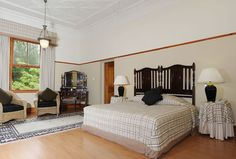 Montagu Country Hotel has 31 Luxury and Classic en-suite bedrooms of which 1 is wheelchair friendly.
