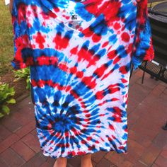 Fourth of July tiedye shirt! Want to make this and turn it into a tank top.