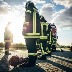 Die 471 Besten Bilder Von Feuerwehr Feuerloscher In 2019 Firemen