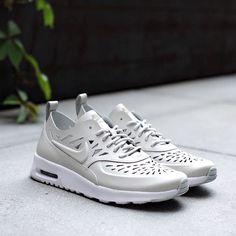 Nike wmns Air Max Thea Joli QS: Light Bone