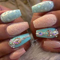 40 Best Metallic Nail Designs for 2018 – Nail Art Ideas Loading. 40 Best Metallic Nail Designs for 2018 – Nail Art Ideas Fabulous Nails, Gorgeous Nails, Pretty Nails, Beautiful Nail Designs, Cute Nail Designs, Get Nails, Hair And Nails, Nail Design Rosa, Nails Design