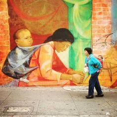 Quand la réalité rencontre la réalité virtuelle... / Street art. / Photo by Bryan Stokely.