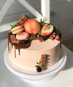 New Cake, Food And Drink, Pastel, Cakes, Chocolate, Cream, Desserts, Decor, Fruit