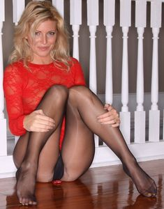adelboden3715: cougarmilfdressed: Tchat cougar gratuit now Enjoy yourself with cougars, milfs and housewives dressed. If you like it, just subscribe : http://cougarmilfdressed.tumblr.com/ My others blog : Cougar nude : http://tropicstudio.tumblr.com Selfshot and Selfie : http://selshot-selfie-sexy.tumblr.com/ Reblog cougar … Follow milf … Submit hot wife photos … Share mature… Wow du bist so wunderschön!!