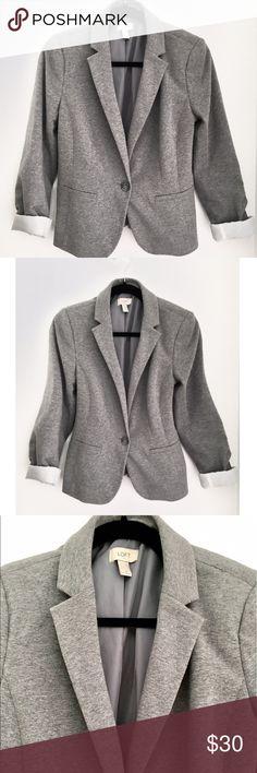 Ann Taylor Grey Boyfriend Blazer SZ M Ann Taylor Grey Boyfriend Blazer SZ M Ann Taylor Jackets & Coats Blazers
