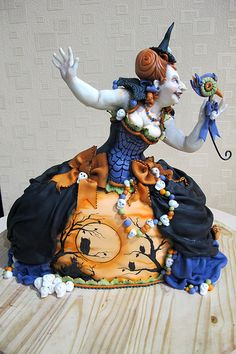 Witch Cake by Karen Portaleo for Highland Bakery, via Flickr